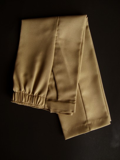 Close-Out Dress Pants in Khaki