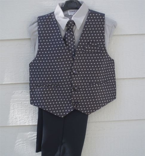 Close-Out 4-Piece Boy's Gray Vest And Slacks Set